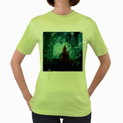 Elegant Winter Snow Flakes Gate Of Victory Paris France Womens  T-shirt (Green)