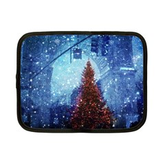 Elegant Winter Snow Flakes Gate Of Victory Paris France Netbook Case (Small)