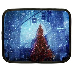 Elegant Winter Snow Flakes Gate Of Victory Paris France Netbook Case (XXL)