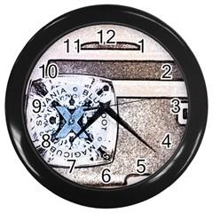 Kodak (7)d Wall Clock (Black)