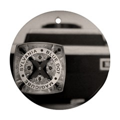 Kodak (7)s Round Ornament