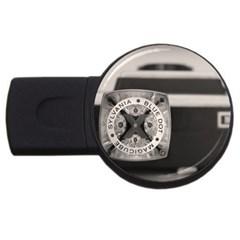 Kodak (7)s 2GB USB Flash Drive (Round)