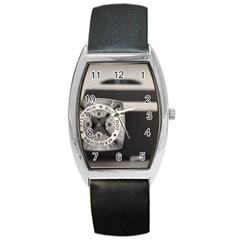 Kodak (7)s Tonneau Leather Watch
