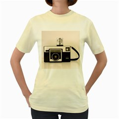Kodak (3)s  Womens  T-shirt (Yellow)