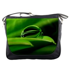 Waterdrop Messenger Bag
