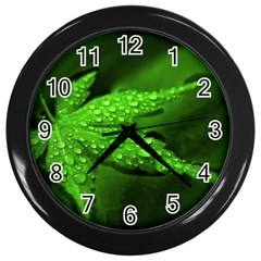 Leaf With Drops Wall Clock (Black)