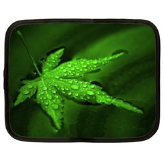 Leaf With Drops Netbook Case (XL)