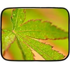 Leaf Mini Fleece Blanket (Two Sided)