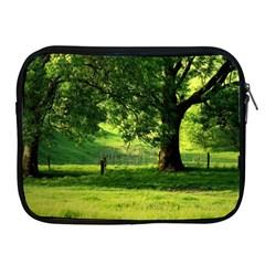 Trees Apple iPad 2/3/4 Zipper Case