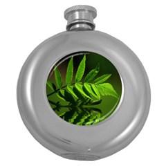 Leaf Hip Flask (Round)