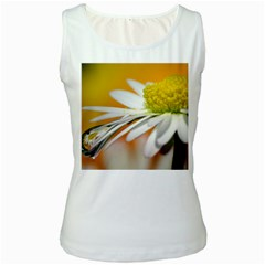 Daisy With Drops Womens  Tank Top (White)