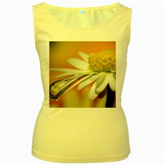 Daisy With Drops Womens  Tank Top (Yellow)