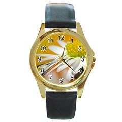 Daisy With Drops Round Metal Watch (gold Rim)