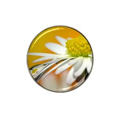 Daisy With Drops Golf Ball Marker (for Hat Clip)