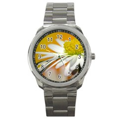 Daisy With Drops Sport Metal Watch