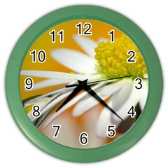 Daisy With Drops Wall Clock (Color)