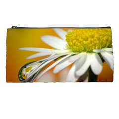 Daisy With Drops Pencil Case