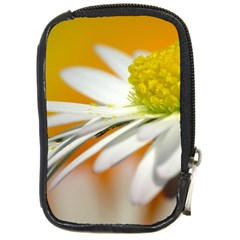 Daisy With Drops Compact Camera Leather Case