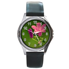 Campanula Close Up Round Metal Watch (Silver Rim)