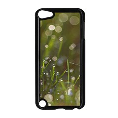 Waterdrops Apple iPod Touch 5 Case (Black)