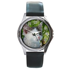 Young Cat Round Metal Watch (Silver Rim)