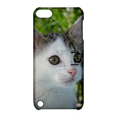 Young Cat Apple Ipod Touch 5 Hardshell Case With Stand