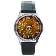 Field Round Metal Watch (Silver Rim)