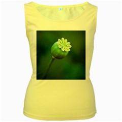 Poppy Capsules Womens  Tank Top (yellow)
