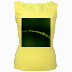 Pearls   Womens  Tank Top (Yellow)