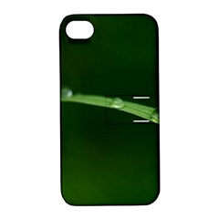 Pearls   Apple iPhone 4/4S Hardshell Case with Stand