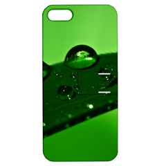 Waterdrops Apple iPhone 5 Hardshell Case with Stand