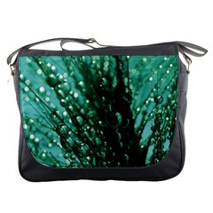 Waterdrops Messenger Bag
