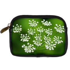 Queen Anne s Lace Digital Camera Leather Case