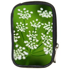 Queen Anne s Lace Compact Camera Leather Case
