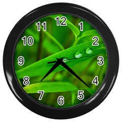 Bamboo Leaf With Drops Wall Clock (black)