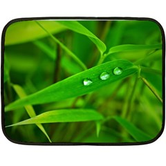 Bamboo Leaf With Drops Mini Fleece Blanket (Two Sided)