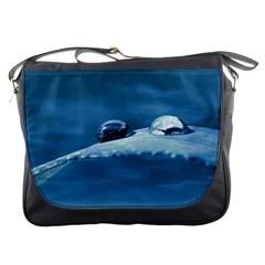Drops Messenger Bag