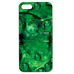 Illusion Apple iPhone 5 Hardshell Case with Stand