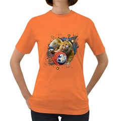 Kitty s got the world in her paws Womens' T-shirt (Colored)