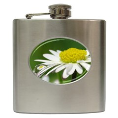 Daisy With Drops Hip Flask