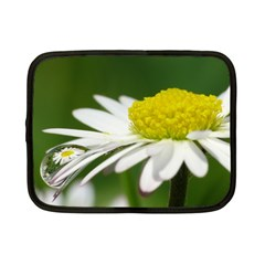 Daisy With Drops Netbook Sleeve (Small)