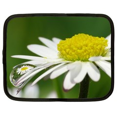 Daisy With Drops Netbook Sleeve (large)
