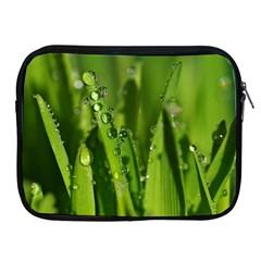 Grass Drops Apple iPad Zippered Sleeve