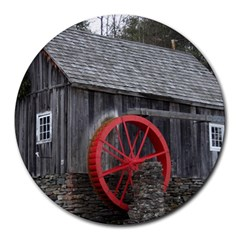 Vermont Christmas Barn 8  Mouse Pad (round)