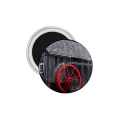 Vermont Christmas Barn 1.75  Button Magnet