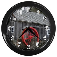 Vermont Christmas Barn Wall Clock (black)
