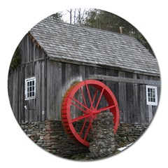 Vermont Christmas Barn Magnet 5  (round)
