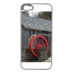 Vermont Christmas Barn Apple iPhone 5 Case (Silver)