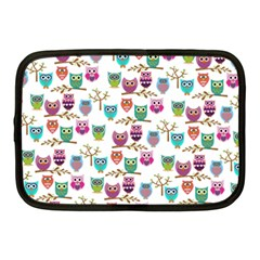 Happy Owls Netbook Sleeve (Medium)