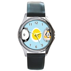 LINUX TUX PENGUIN IN THE EGG Round Leather Watch (Silver Rim)